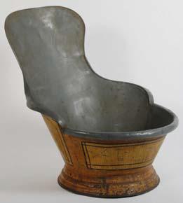 Bañera de asiento de fabricación española. Sobre 1.880. Museo del Traje CIPE.