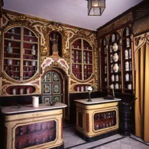 Farmacia Gibert. Farmacia catalana del siglo XVIII originaria de Torredembarra (Tarragona) in https://www.ucm.es/m.farmacia.imagenes.