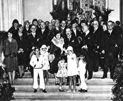 Boda de Leonor Coello de Portugal y Manuel de Góngora y Ayustante. Mundo gráfico, 1929.